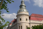 Városháza az Erzsébet tér felől