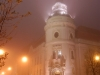Városháza éjjel - ködben